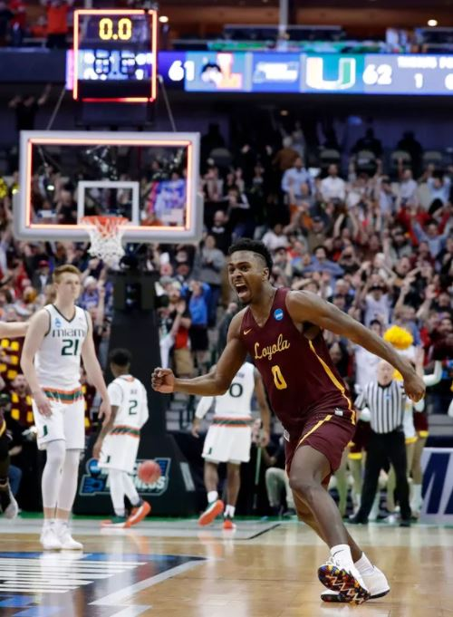 Loyola-Chicago near buzzer beater
